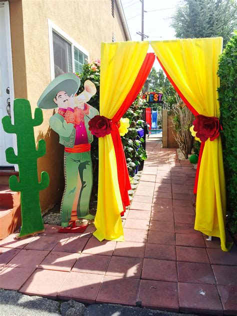 Mexican Themed Decoration Ideas arch mariachi mexican