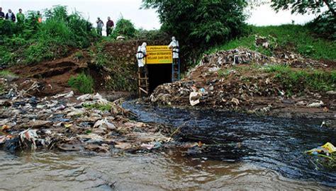 dua pabrik kulit di malang mencemari lingkungan nasional