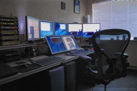 Ultimate Computer Setups   Cool Computer Room Design