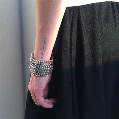 tattoo quebec prix tattoo l enracin 233 id 233 e cadeau qu 233 bec