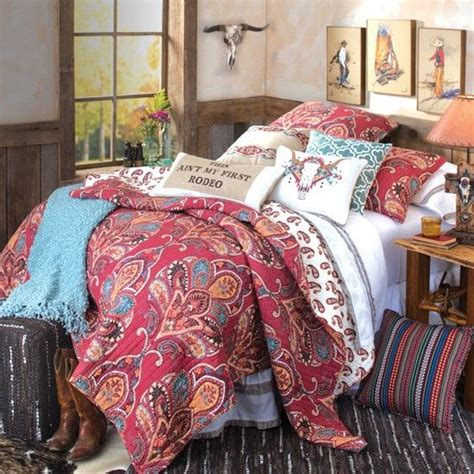 cowgirl bedrooms 25 best ideas about western bedding on pinterest wagon