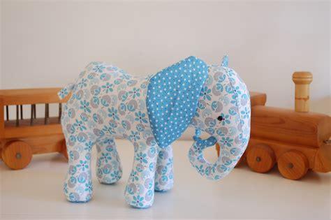 Patchwork Elephant - patchwork elephant whileshenaps
