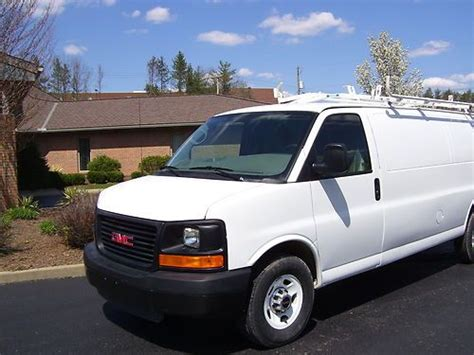 find used 2011 gmc savana 2500 base extended cargo van 155 wb in zanesville ohio united