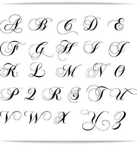 imagenes de tatuajes de nombres en letra cursiva abecedario hermoso para tatuajes tatoos pinterest