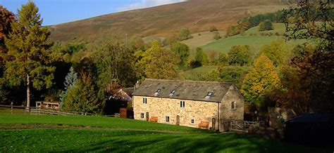 the barn at mead farm self catering peak district derbyshire