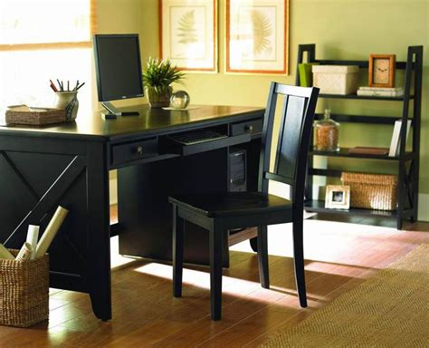 Looking For A Small Desk How To Make A Small Room Look Bigger