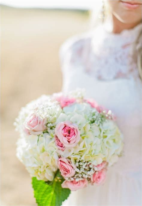 Wedding Tips Flower Ideas by Bridal Bouquet Ideas Wedding Tips