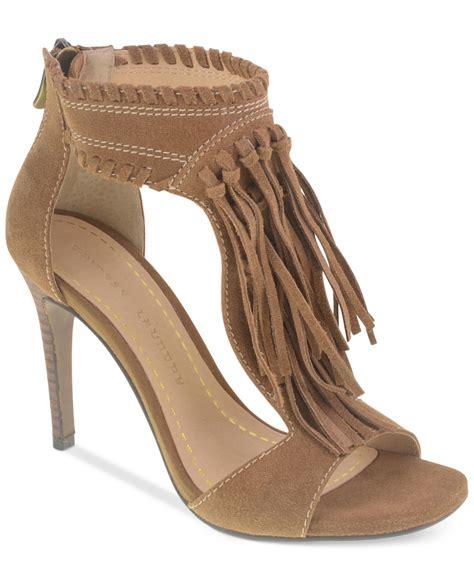 fringe sandals laundry santa fe fringe sandals in beige