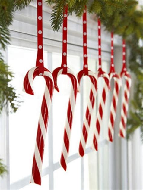 Red And White Bedroom Decor - 40 christmas decoration ideas in all shades of red digsdigs