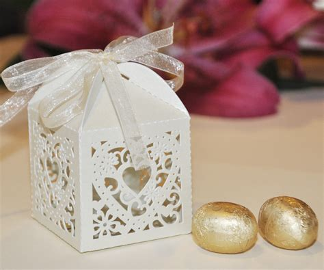 Wedding Favors Boxes by Luxury Cut Out Design Wedding Favour Boxes With