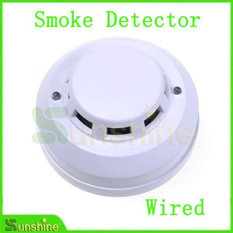 smoke detectors wired into house smoke detectors wired into house 28 images found this on the ceiling of my