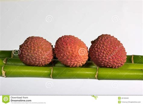 fruit similar to lychee lychee fruits stock photos image 25105343