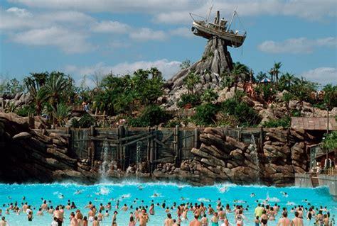 theme park tourist photos of disney s typhoon lagoon theme park tourist