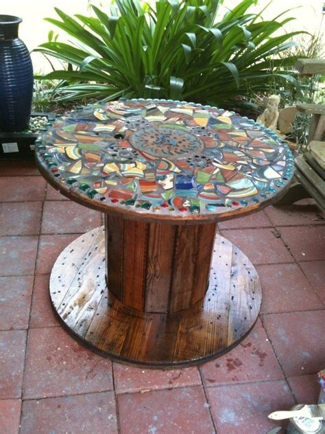 Wire Spool Table by 25 Best Ideas About Spool Tables On Diy Cable