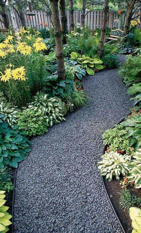 rock pathway ideas best 25 gravel pathway ideas on garden path