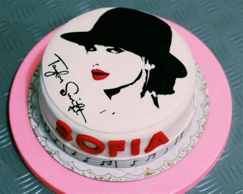 taylor swift it s my birthday 1000 ideas about taylor swift cake on pinterest taylor