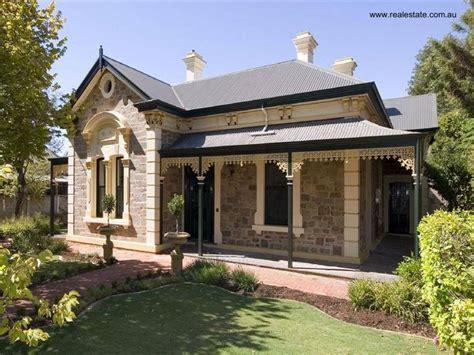 Victorian Homes Decorating Ideas by La Fachada De Las Casas Residenciales Arquitectura De Casas