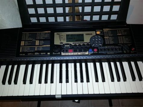 Keyboard Yamaha E463 yamaha psr 225 keyboard with stand and bench west shore langford colwood metchosin highlands