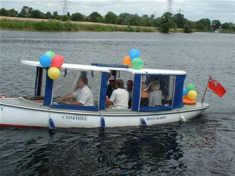 boat hire surbiton self drive day boats for hire on the royal river thames