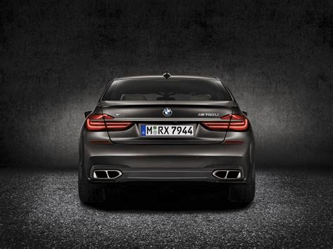 bmw v12 official 2017 bmw m760li xdrive v12 gtspirit