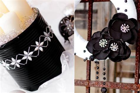 candele nere albero di natale nero e decorazioni natalizie ecco