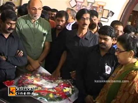 actor goundamani funeral director manivannan funeral youtube