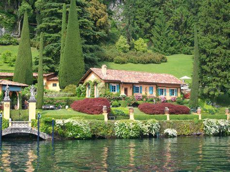 ufficio stranieri como al lago di como acquisti record da parte dei ricchi