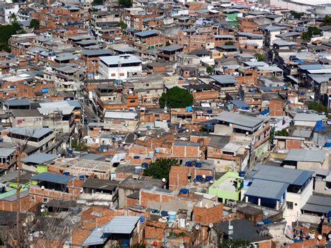 Virtual House Builder case study the unspoken rules of favela construction