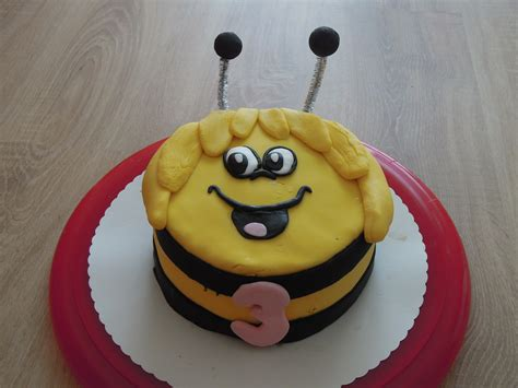 biene maja kuchen biene maja torte motivtorten fotos forum chefkoch de