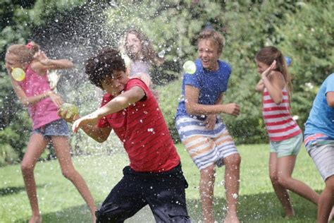 Backyard Fun Ideas For Kids 5 Cool Water Balloon Games And Fight Ideas Games And