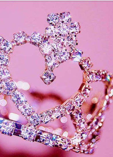 pink queen wallpaper iphone wallpapers tiaras and chang e 3 on pinterest