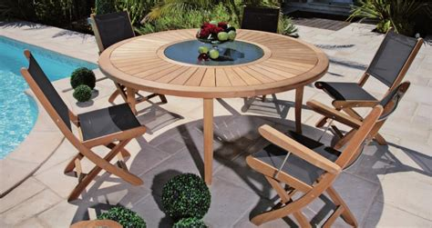 table patio ronde table de jardin ronde en bois