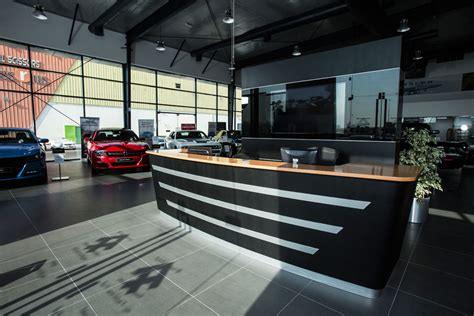 bmw showroom interior 100 bmw showroom interior sophisto grey bmw i8