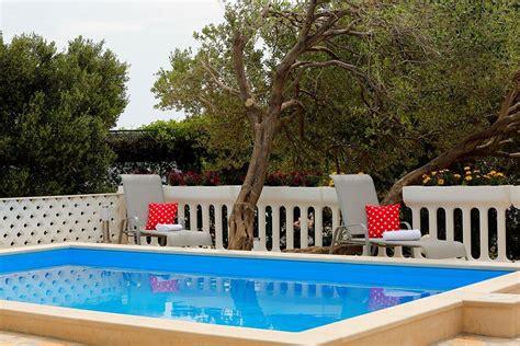 appartamenti a bol croazia bol appartamenti fanika alloggi privati