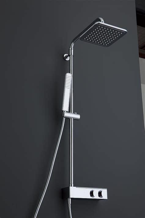 asta doccia colonne doccia asta doccia in acciaio lucido