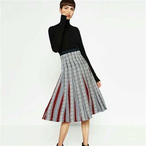 Zara Skirt zara skirts pleated houndstooth plaid midi skirt poshmark