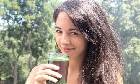 Detox Juicing Morena Escardo by Morena Escard 243 Hiplatina