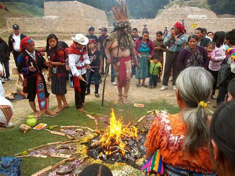 Imagenes De Mayas En Guatemala | cultura maya en guatemala trayectorio
