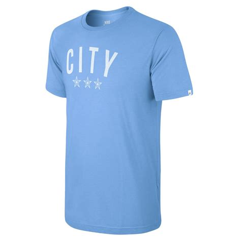 Tshirt Nike Manchester City by Nike Manchester City T Shirt Covert Graphic Lichtblauw