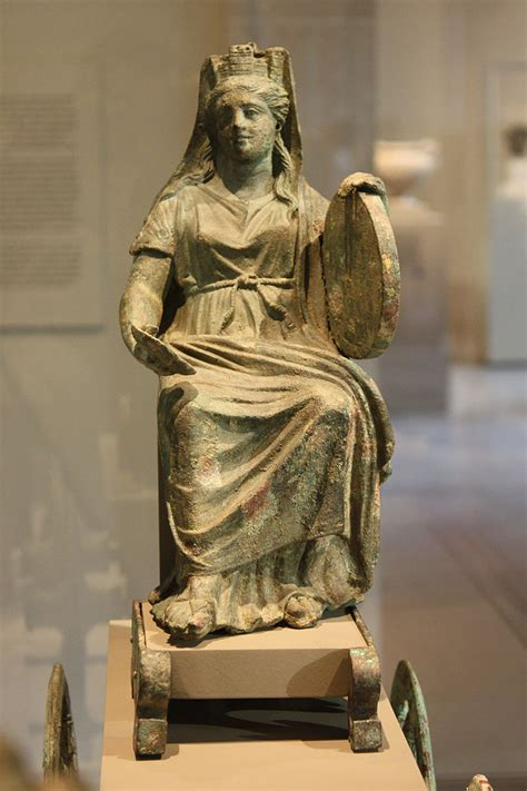 lade liberty antiche file bronze statuette of cybele jpg wikimedia commons