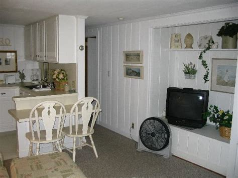Captain Gosnold Cottage Colony by 2a Breakfast Bar Living Room Hallway Picture Of