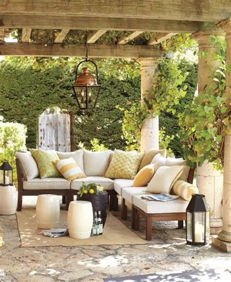 How To Decorate A Deck For A Wedding Greenery