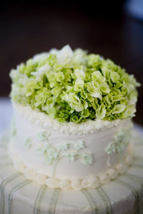 Awesome Flower Cake Toppers For Weddings With Wedding Cake