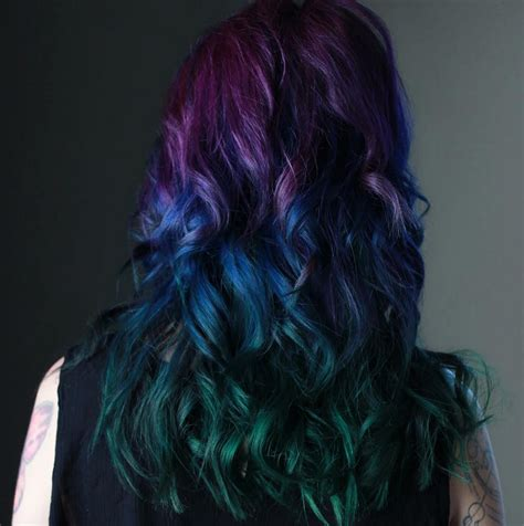 peacock hair color trend  gorgeous  captivating pops
