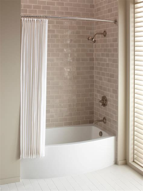 Tub With Shower How To Choose A Bathtub Hgtv