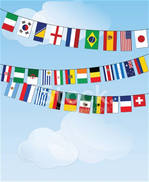 flags of the world bunting 구름에 세계 깃발의 깃발 스톡 사진 freeimages com
