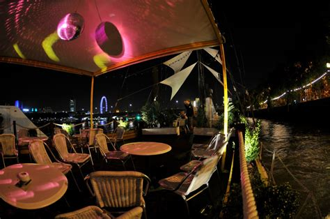 river thames boat party new years eve el sarao spanish party sunset boat party bar co london