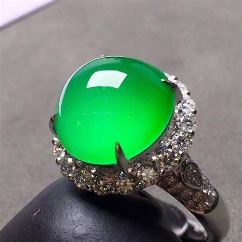 green color jadeite jade ring so noble green