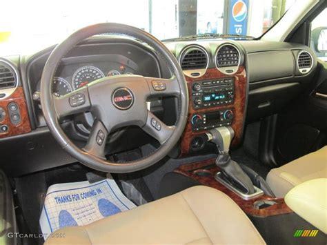 light tan ebony interior 2007 gmc envoy slt photo 38422733 gtcarlot com