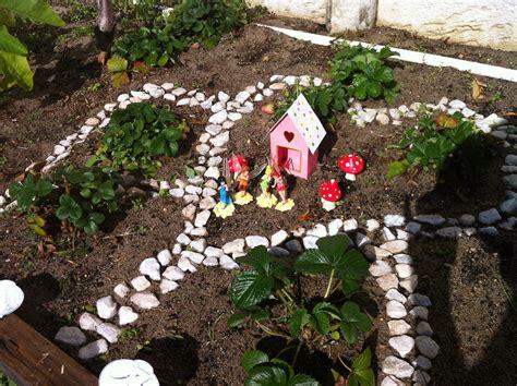 backyard fairy garden our fairy garden thecreativemummy